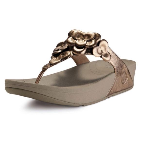 e3734df15c Fitflop Shoes - 2/$12 💕 FitFlop Fleur Bronze Leather Sandals